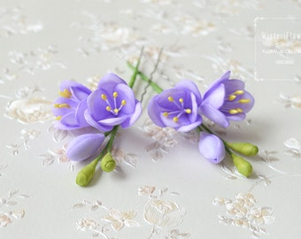 Violet flower hair pin Wedding flower hair accessories Bridesmaid hair clip Purple spring flower Romantic hair piece boho wedding gift