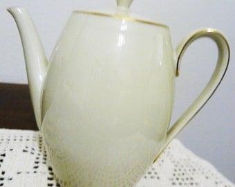 Coffee maker vintage Seltmann Weiden porcelain ivory 50 years/Caffèttiera vintage Seltmann Weiden ivory porcelain years 50.