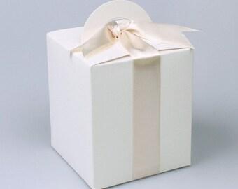 5 white tall gable boxes,mini gable boxes, gift boxes, favor boxes, wedding favor boxes, cute white box, boxes, gift wrapping