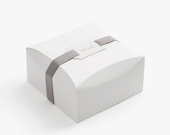 5 white round top boxes,gift box,favor box,wedding favor box,unique gift box,cookie box,large candy box,white gift box,gift packaging
