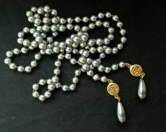 Stunning open end glass pearl necklace, lustrous grey tone, open end without clasp, end with two designer logo connectors