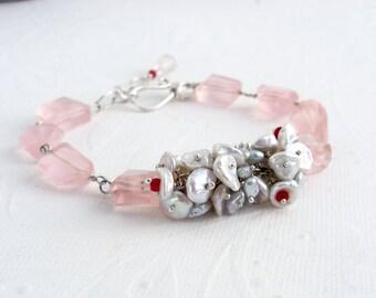 Rose Quartz bracelet, 925 sterling silver, Ruby Red, white Keishi pearls, Akoya silver, Keishi pearls, lavish bracelet Rose Quartz nuggets