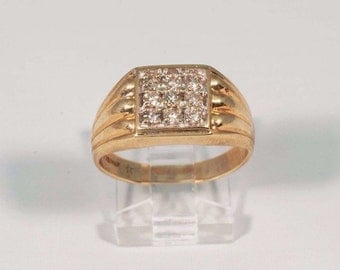 14K Yellow Gold Mens 1/2 ct. tw. Diamond Ring, Size 9.5