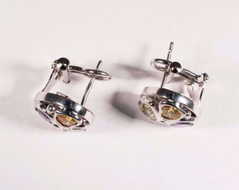 18K White Gold Citrine, Garnet, Peridot and Amethyst Earrings, 6.75 grams