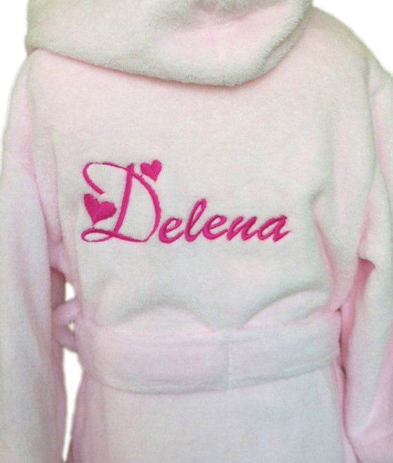 Girls personalised dressing gown heart font name only