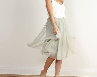 A short MIDI tulle skirt - wedding bridesmaid