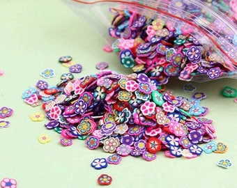 3 beadworks around 200 gr flower-shaped confection