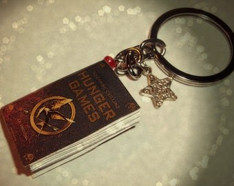 Literary-themed Keychain * Hunger Games *