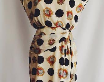 White polka dots dress Medal