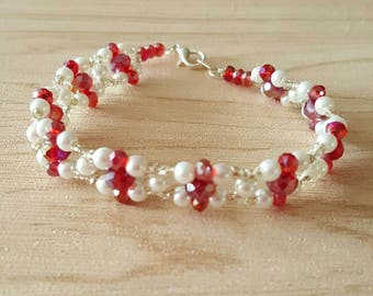 Womens bracelet with red 4mm glass beads and faux pearls