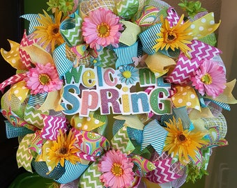 Welcome Wreath, Spring Wreath, Mesh Wreath, Door Wreath