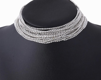 Beautiful silver diamanté strand choker