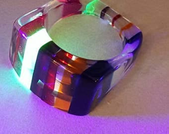 Vintage chunky rainbow illusion faceted lucite ring size 9