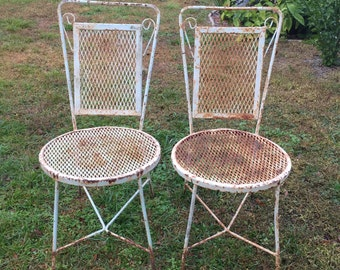 Vintage Patio Bistro chairs, Set 2 Chair, Wire Chairs, Old Chippy Paint, Original Finish, Garden Decor , Steel Mesh Chairs, Iron Chairs,