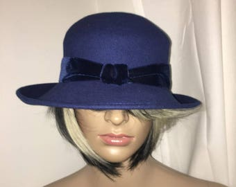 Vintage Blue 100% Wool Bucket Hat. Great Condition