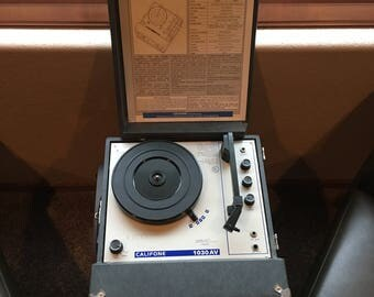 Vintage Califone Turntable, Model 1030 AV, Monaural Phonograph