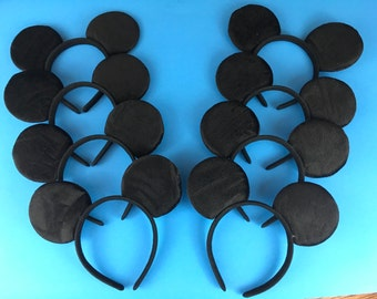 12 Mickey Mouse ears, party favors, orejas de Mickey Mouse