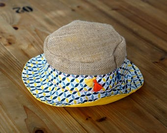 Hats in Burlap and cotton blue, yellow