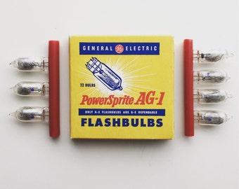 GE PowerSprite AG-1 Flashbulbs 7/12 bulbs left