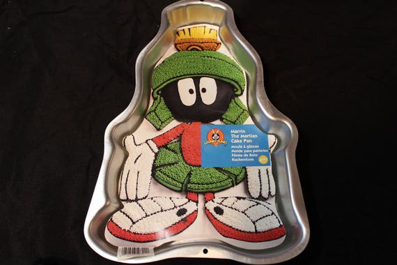 Marvin The Martian Birthday Cake