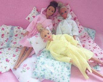 Cozy robes for Barbie and Sindy sized dolls
