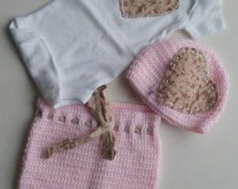 Crochet set for baby girl