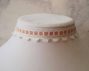 Pink and white Choker necklace