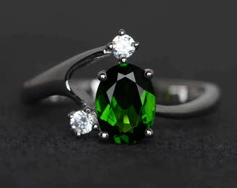 chrome diopside ring oval diopside engagement ring promise ring sterling silver gemstone ring three stone ring