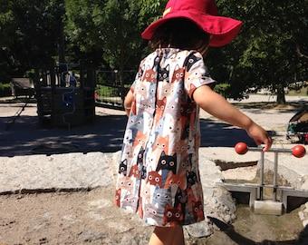 Children dress with turndown collar
