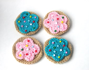 Crochet Frosted Sugar Cookie Brooches
