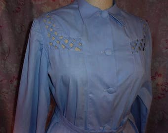 A pretty blouse old of the 40/50 model original, dress
