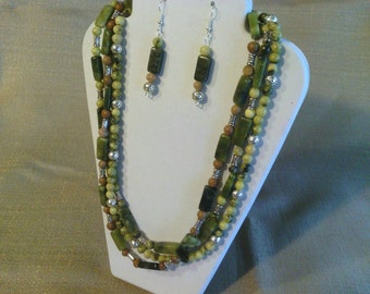 147 Ethnic Design Serpentine, Tiger Skin Jasper, and New Olive Jade with Metal Accents Beaded Necklace