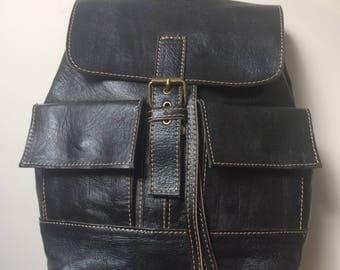 Nice back black real leather new handbag Vintage style