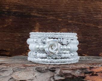 Bracelet 7 rows, bracelet, Christmas, Christmas bracelet, chic, elegant, glass beads, glass beads, memory wire, wedding, wedding, white, Pearl