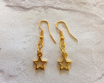 Gold  Star Earrings, Little Star Earrings, Star Jewellery, Girls Earrings, Party Favors, Gold Stars, Gold Earrings, Party Earrings.