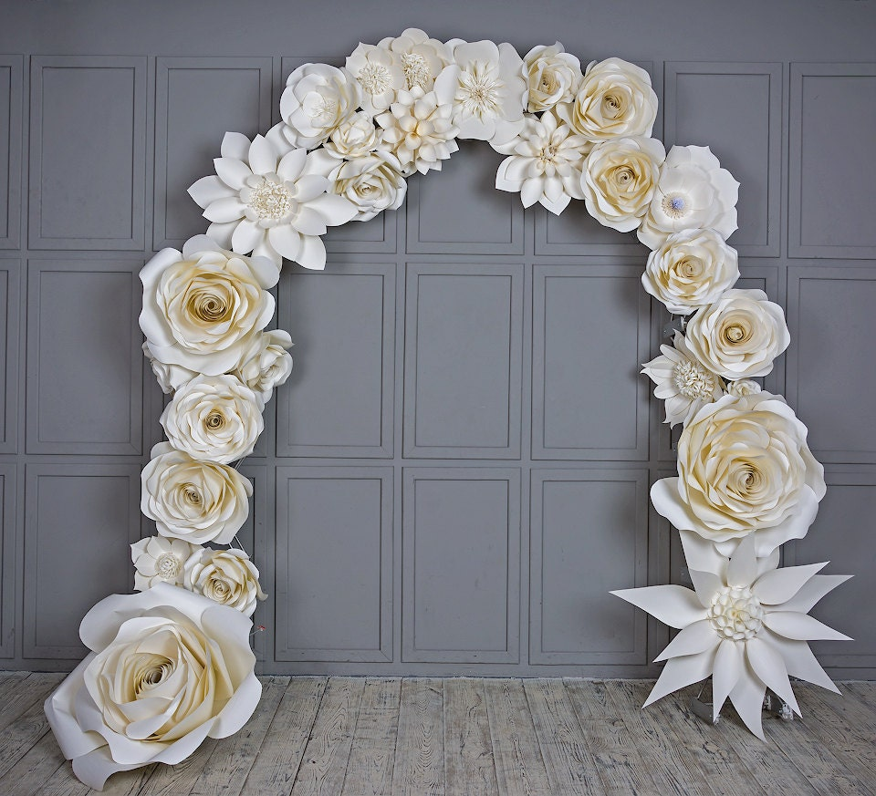 wedding arch paper flowers wedding venue decoration white. Black Bedroom Furniture Sets. Home Design Ideas