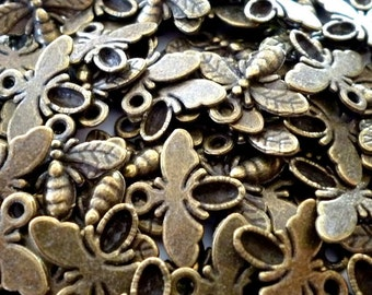 Bee or Fly Bronze Tone Metal Charms - Pack of Ten - H283