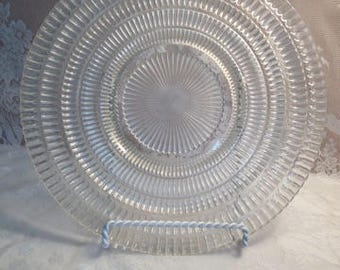 Beautiful Five Rings Of Pressed Glass Design  1950's 1960's