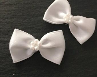 10, white satin bows, white pearl bows, white wedding bows, satin ribbon bows, white ribbon bows, wedding supplies uk, sewing supplies, bows
