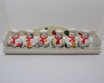 Set of six chefs with rack from the 80's
