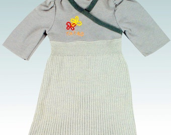 Knit girl dress Anika in gray. Gr. 128
