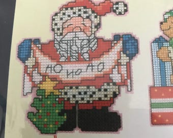 Craftways plastic canvas counted cross stitch Santa's On His Way Ornaments kit, set of 6