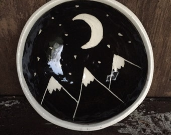 Moon and Mountains ring dish