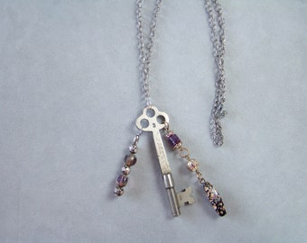Vintage Skeleton Key Art Glass bead Charm Necklace