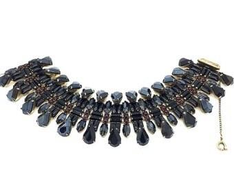 JENNIFER GIBSON JEWELLERY Hattie Carnegie Black Glass 1950s Bracelet Divine!