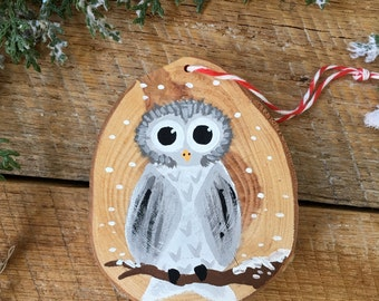 Hand Painted Owl Christmas Ornament - Wood Slice Ornament