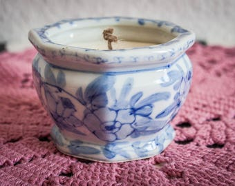Eco soy wax candle in vintage pot- JASMINE aroma
