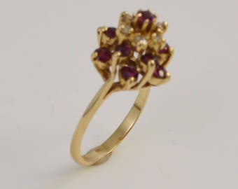 14k Ruby & Diamond Ring Size 5.5(01111)