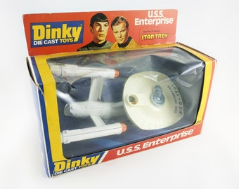 USS Enterprise dinky toys 1978 - STAR TREK