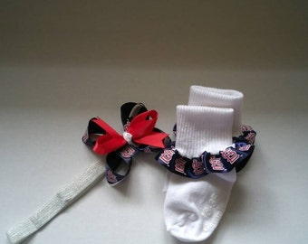 St Louis baseball hair bow set,  baby headband, red bird hairbow set, infant hairbow set, Cardinals baby headband